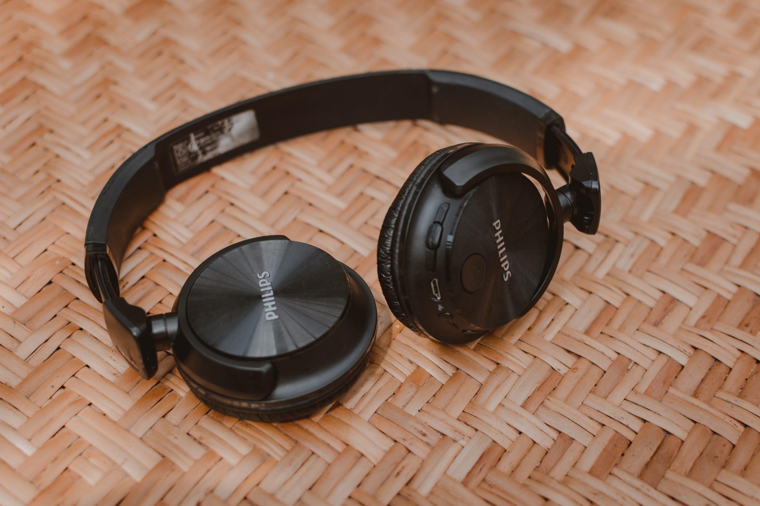 Noise Cancelling Headphones Best Buy 2020