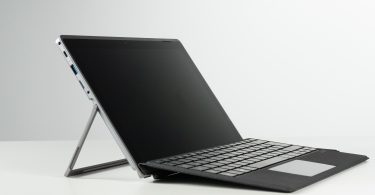 Best 2 in 1 laptop for college